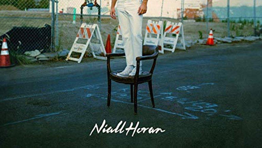 """Heartbreak Weather"" de Niall Horan."
