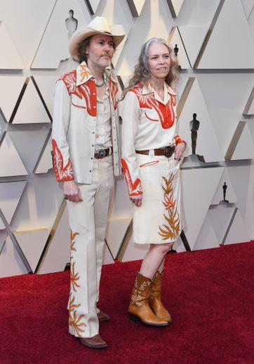 S'il s'agit du style de prédilection de David Rawlings et Gillian Welch, on regrette toutefois le manque d'effort pour une telle cérémonie en 2019.