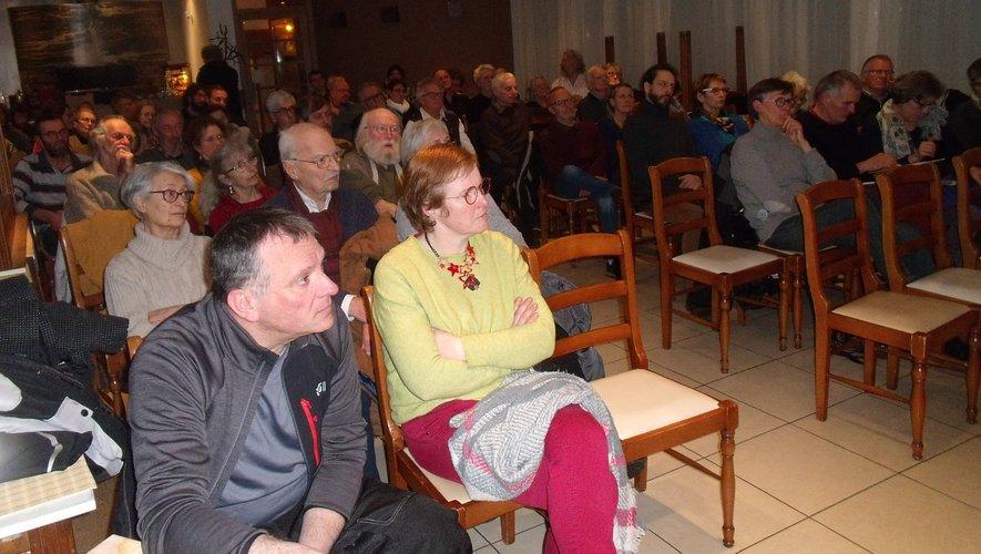 Un auditoire très attentif.