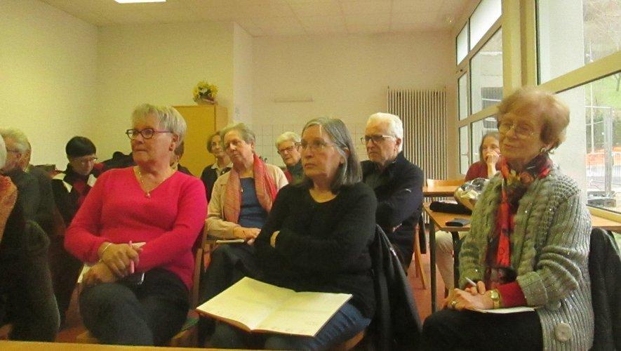 Les participants étaient attentifs à la présentation des différents bilans.