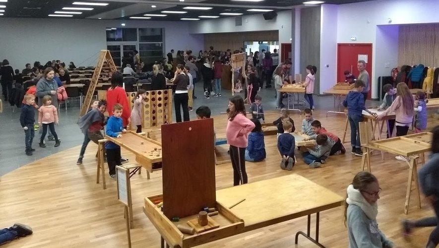 Les enfants vont s'éclater avec les jeux en bois.