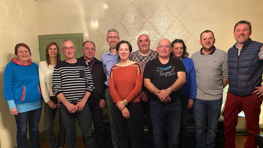 Sur la photo, de gauche à droite : Marion Cotard-Coute (responsable administrative et financière), Émilie Dalbin (psychologue), Joël Fau (ouvrier), Jean- François Pradalier (gérant de société), Patrice Philoreau (technicien du développement durable), Alice Pacalet (aide à domicile), Roger Teyssedre (retraité), Jean-Pierre Cougoule (artisan boulanger-pâtissier), Nawal Brackeleer (Professeur d'espagnol), Étienne Albespy (agriculteur), David Basire (commerçant).