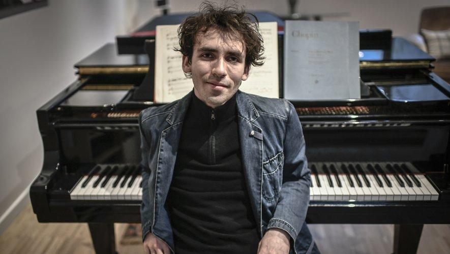 En remportant en juin 2019 le premier prix de piano au Concours Tchaïkovski à Moscou, l'un des plus prestigieux au monde, Alexandre Kantorow en est devenu le premier lauréat français. A 22 ans.