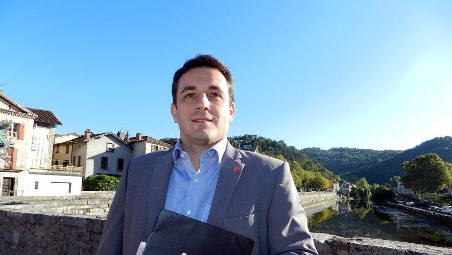 Au soir du 15 mars, un nouveau visage s'affichera sur la façade de la mairie : celui de Jean-Sébastien Orcibal...