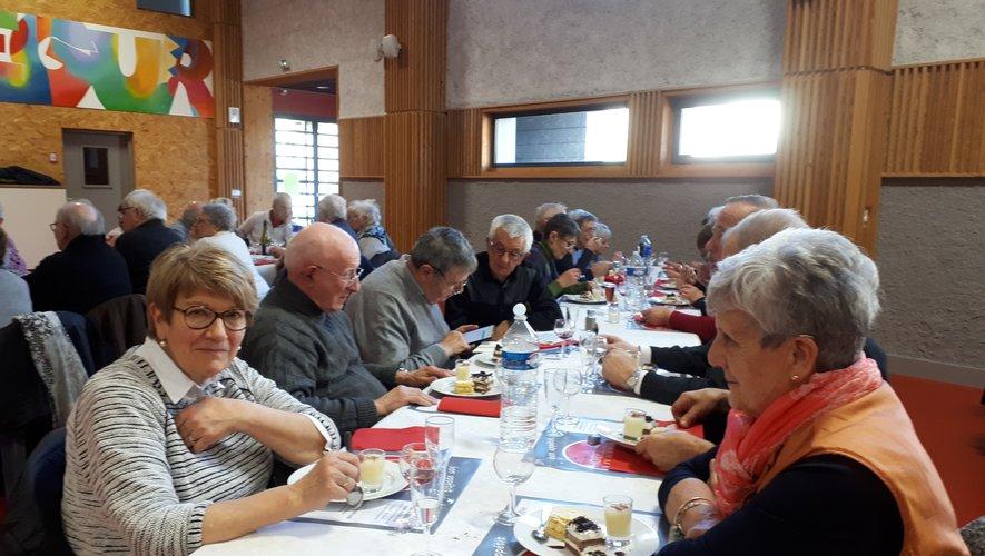 La quasi-totalité des adhérents s'est retrouvée autour d'un bon repas.