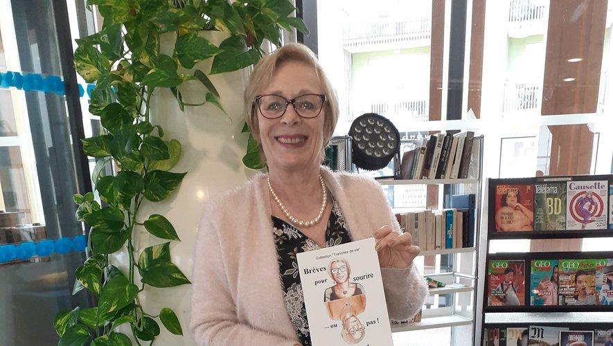 Ève présente un ouvrage très personnel pour adultes :« Brèves pour sourire… ou pas ».