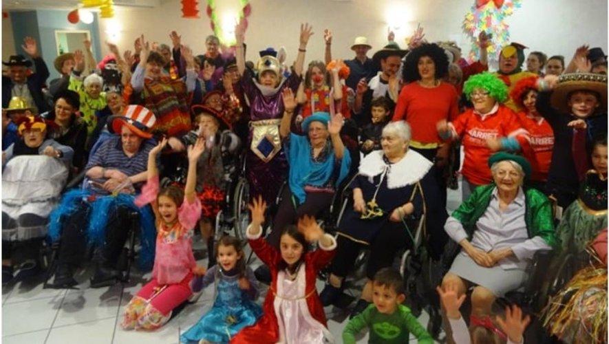 Un public de tous les âges et déguisé pour l'occasion.