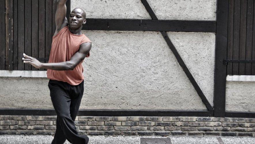 Le danseur chorégraphe Boukson Séré est de retourà Villefranche.