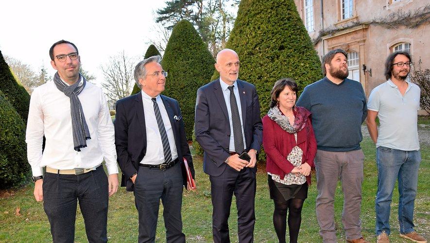 Stéphane Mazars, député, Jean-François Galliard, président du Département, Monique Bultel-Herment, représentante de la Ville, aux côtés d'Alan Hay, coprésident de Station A (à gauche).
