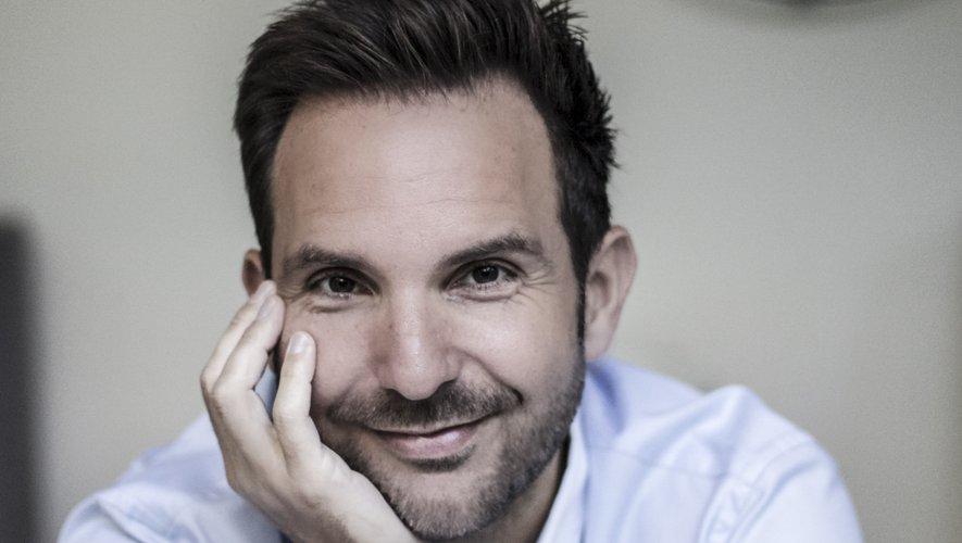 Christophe Michalak sortira en fin d'année un nouveau livre de recettes retraçant sa carrière