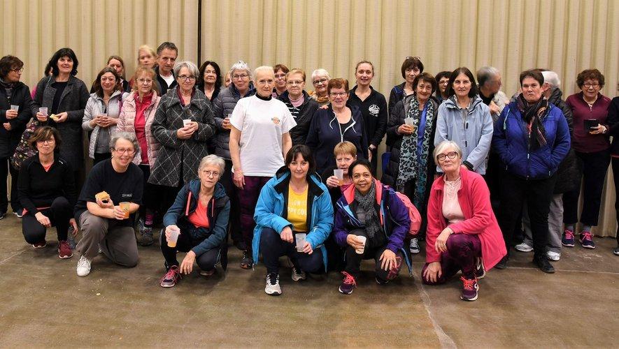 La rencontre des adhérents des différents groupes de gym a aussi été l'occasion de partager la galette.