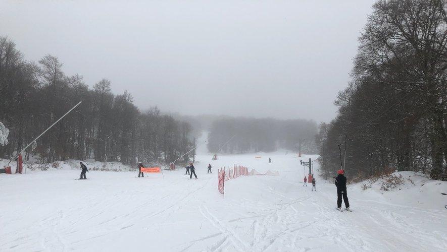 Les premiers skieurs de la saison ce jeudi à Laguiole.