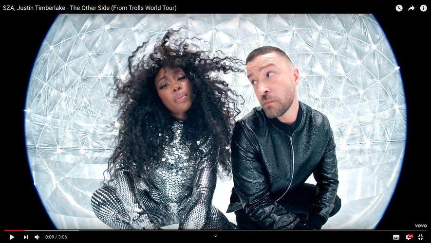 """SZA et Justin Timberlake dans le clip de """"The Other Side""""."""