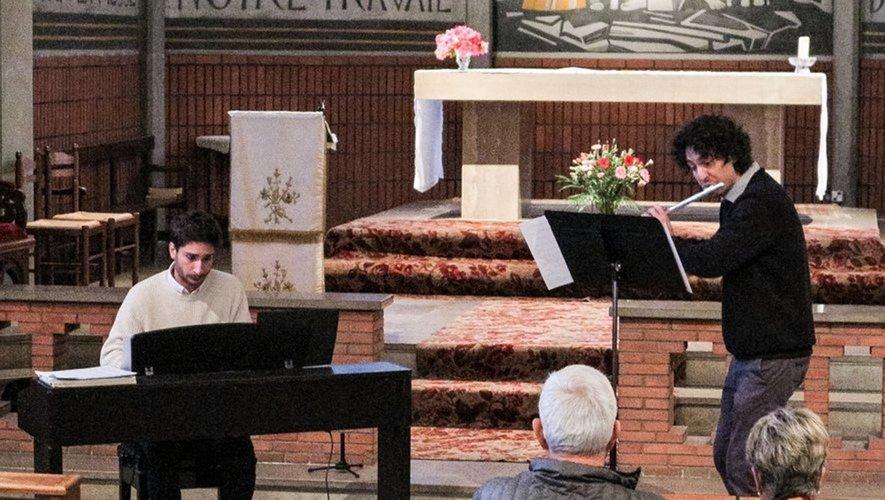 Gilles Liacopoulos (piano)et Jérémie Bernet-Rollande (flute) .