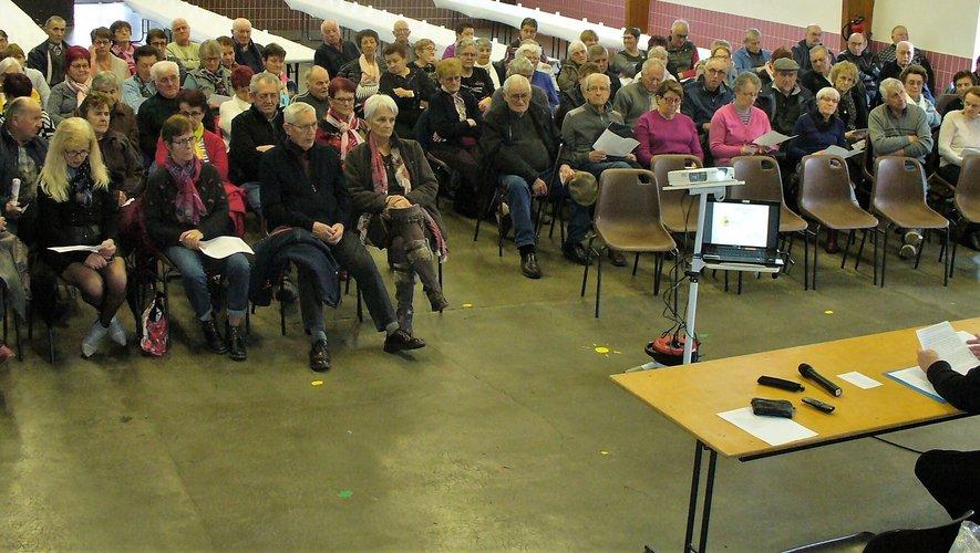 Une assemblée studieuse où l'on s'écoute sans faire de lois.