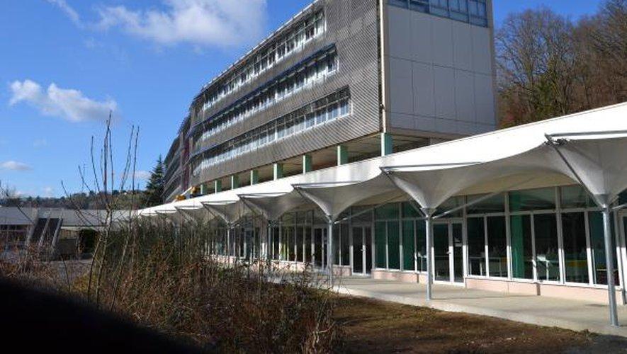 Partis du lycée La Découverte dans la matinée de dimanche, les lycéens ont retrouvé leur établissement en fin de journée...