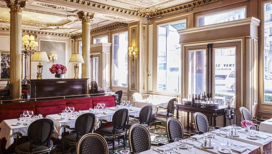 Le Café de la Paix est classé Monument Historique et a été construit dans le style Napoléon III