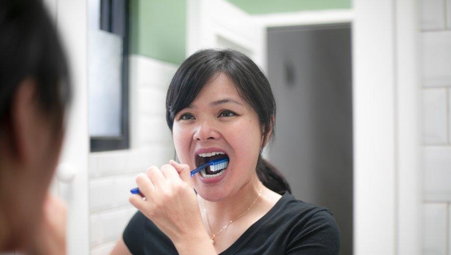 Un brossage de dent plus fréquent permettrait de lutter contre la survenue du diabète.
