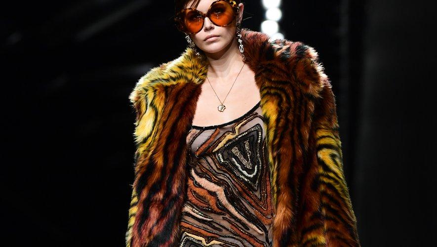 Les lunettes XXL esprit vintage de Versace. Milan, le 21 février 2020.