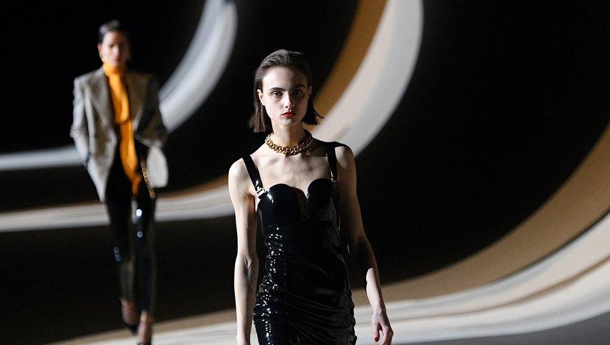 La maison Saint Laurent a fait sensation durant la Fashion Week de Paris.