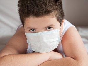 Confrontés à un flux d'informations anxiogènes et à un vocabulaire inaccessible, les enfants sont en demande de réponses adaptées à leurs questions et angoisses au sujet de l'épidémie de coronavirus.