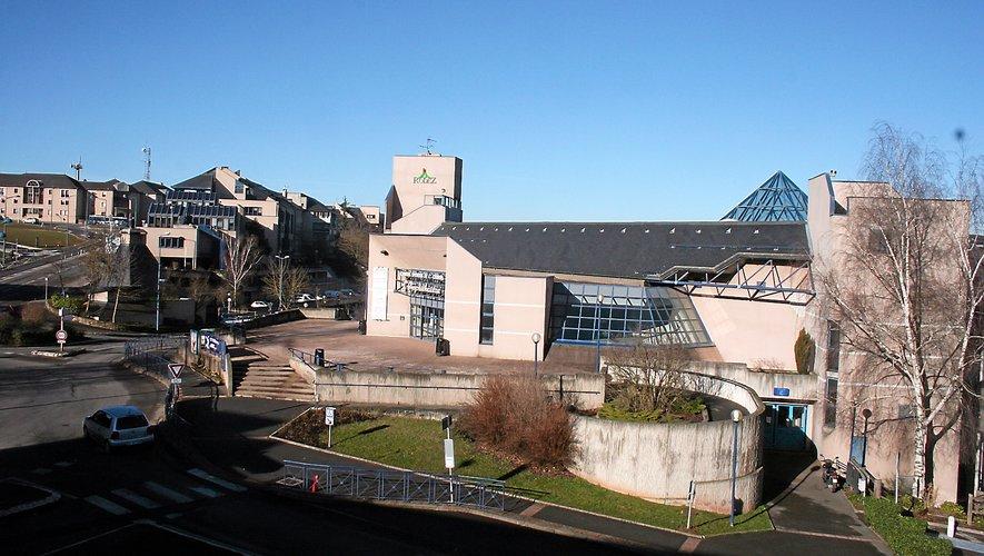 Plusieurs clubs de la commune souhaitent que l'Amphithéâtre soit rénové.