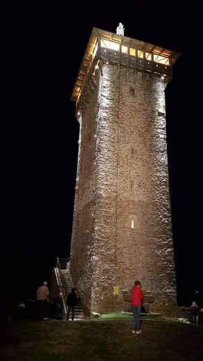 Féérie de la Tour illuminée