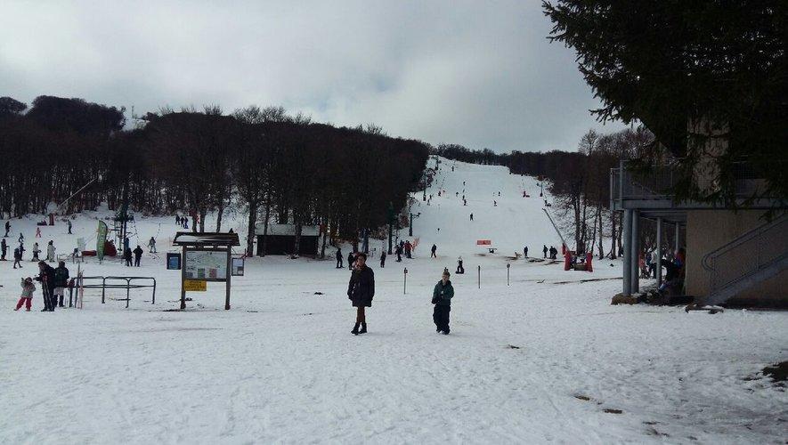 A Laguiole, les pistes de ski et celle de luge font aussi le bonheur de beaucoup de monde.