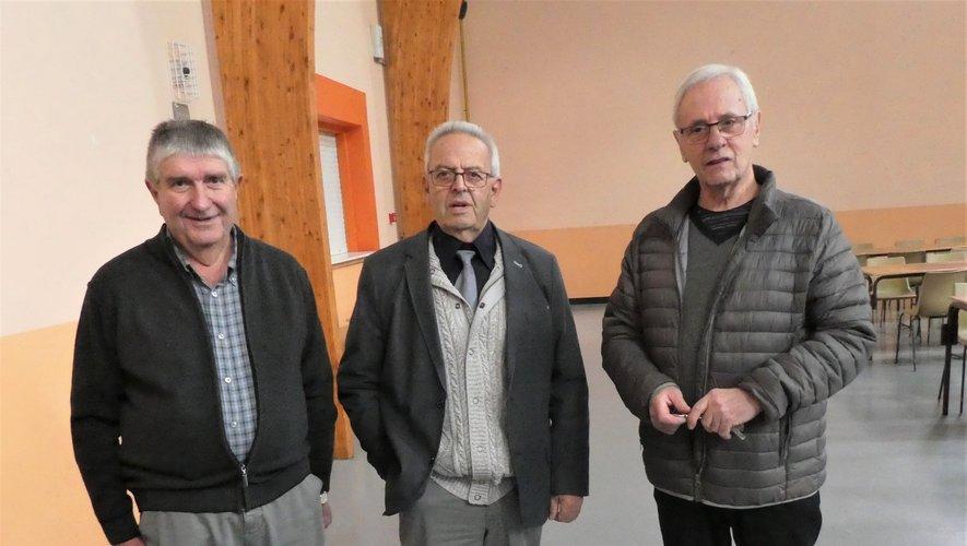Louis Albouy entouré par les nouveaux coprésidents Michel Soulié et Michel Perpère.