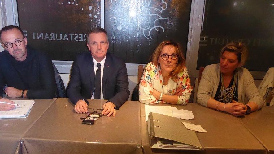 Les élus aux côtés des coprésidentes de Clap, Françoise Flottes et Laurence Bru.