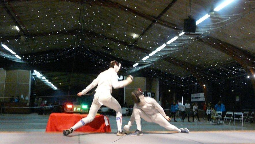 La finale épée Homme en M20, très disputée, acheva la compétition.
