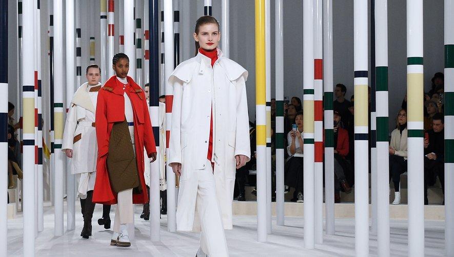 Mannequin du défilé Hermès automne-hiver 2020-2021 à Paris, le 29 février 2020.
