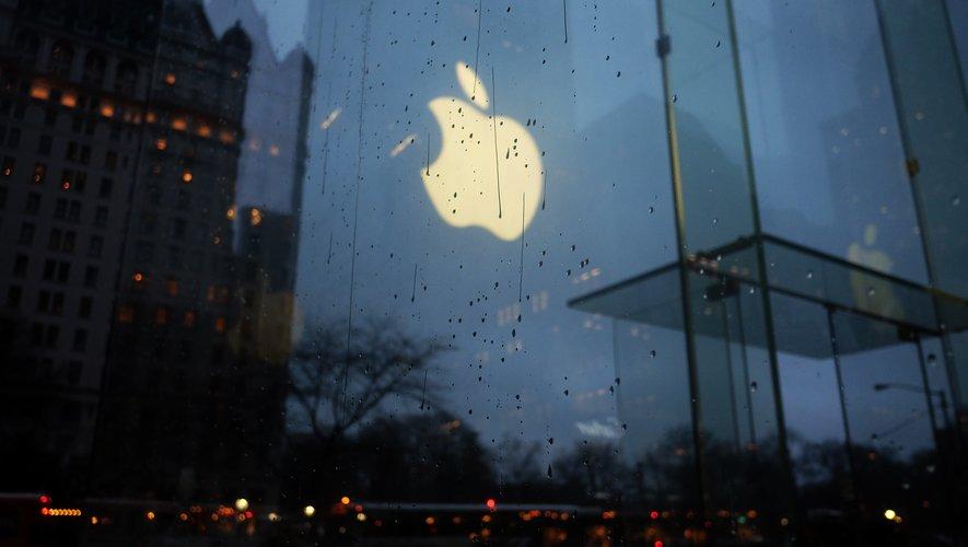 Apple va fermer tous ses magasins hors Chine jusqu'au 27 mars.