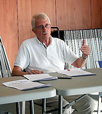 Après avoir été longtemps impliqué au près du club de rugby, Michel Dupré a occupé durant 14 ans la présidence du SRO, le club omnisports de Rodez.