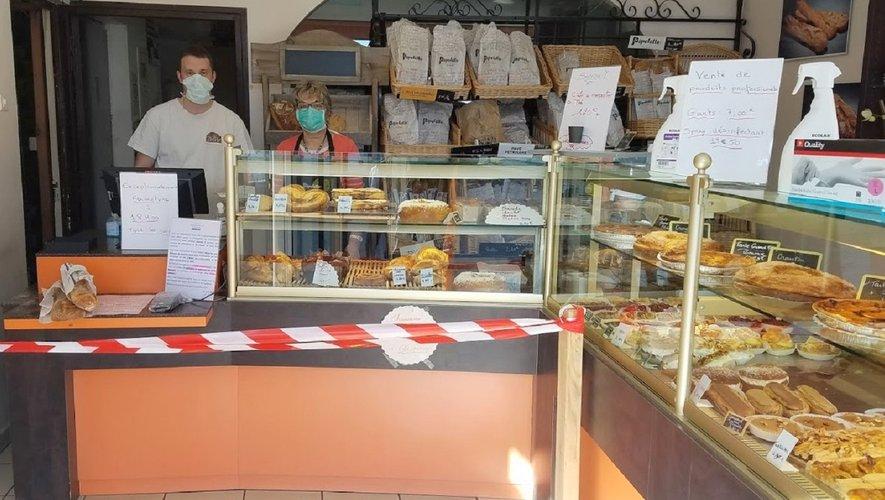 la boulangerie Albouy continue son service.