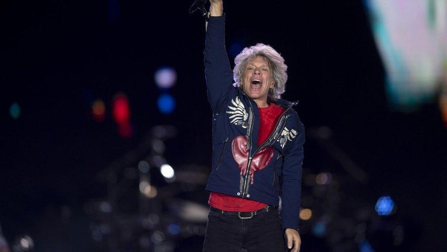 Le chanteur américain Jon Bon Jovi avec son groupe lors du festival Rock in Rio à Rio de Janeiro, le 29 septembre 2019