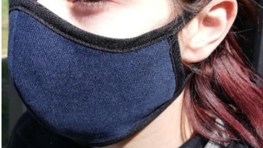 Les masques sont fabriqués à Saint-Georges-de-Luzençon.