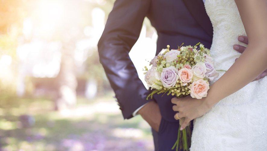 Et si vous commandiez votre robe de mariée en ligne pendant la période de confinement ?