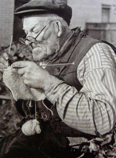 Il n'est jamais trop tard pour tricoter
