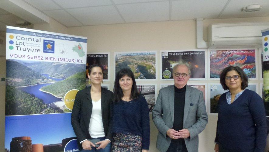 Le président Jean-Michel Lalle et ses collaboratrices au cœur du dispositif d'accueil des nouvelles populations.