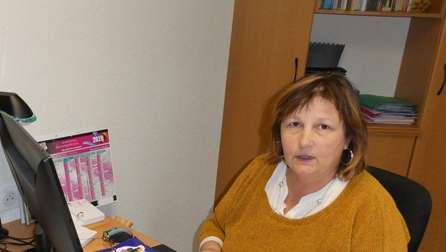 Bernadette Azémar travaille à distance. Elle est disponible pour répondre aux questions des habitants.