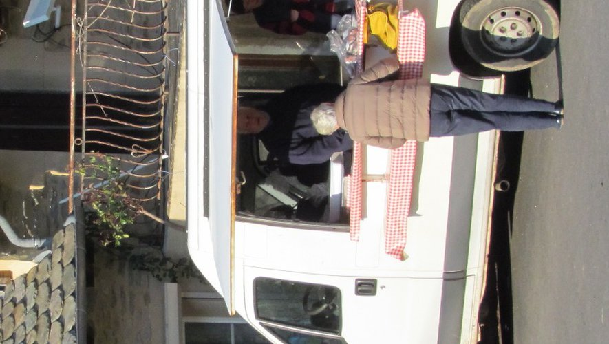 Josette et Gérard Aldebert reçoivent leurs clients au Combayre, deux jours par semaine.