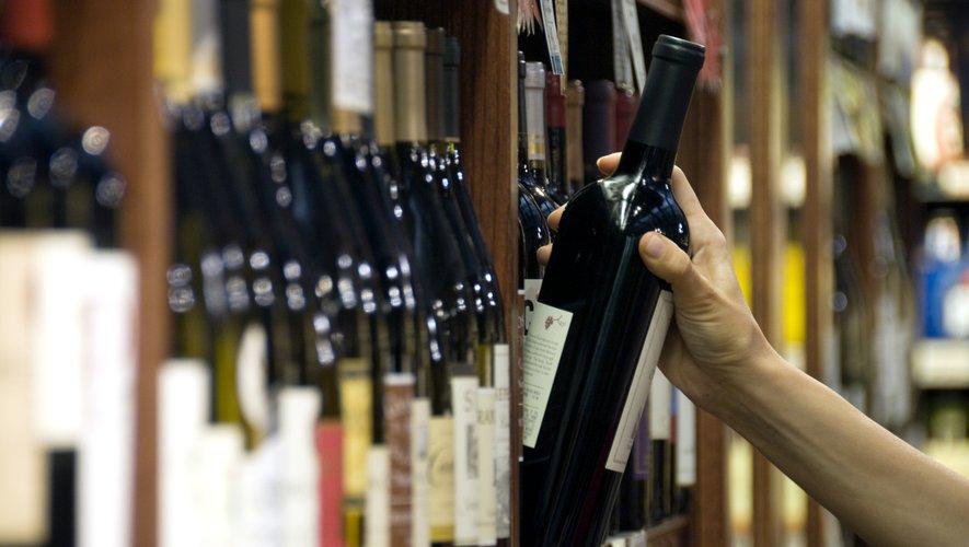 Des chercheurs ont montré qu'une forte consommation d'alcool pouvait augmenter le poids des buveurs à partir de 45 ans.