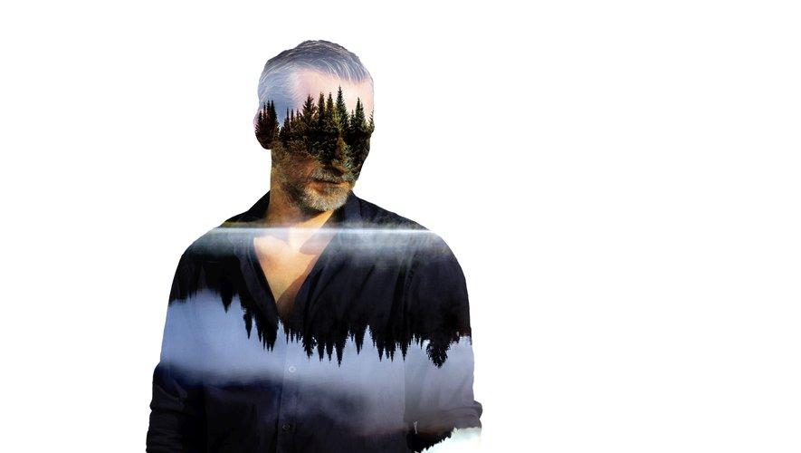 Clin d'œil via ce selfie d'Olivier Norek avec son masque de plongée anti Covid-19, entre deux chapitres de son nouveau roman…/ Photo fournie par O. N.