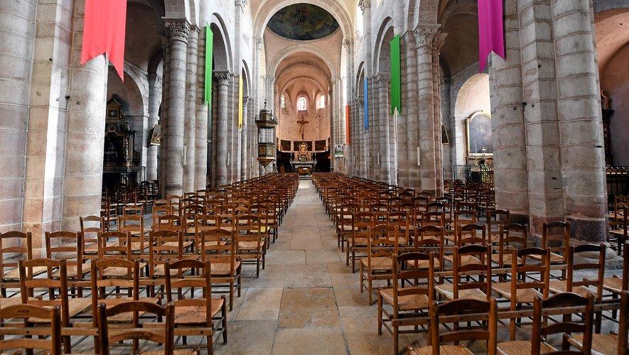 Les églises, comme ici celle de Saint-Amans, sont vides. Mais l'Église s'adapte.