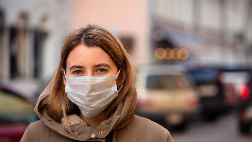 Porter un masque pour freiner l'épidémie ?