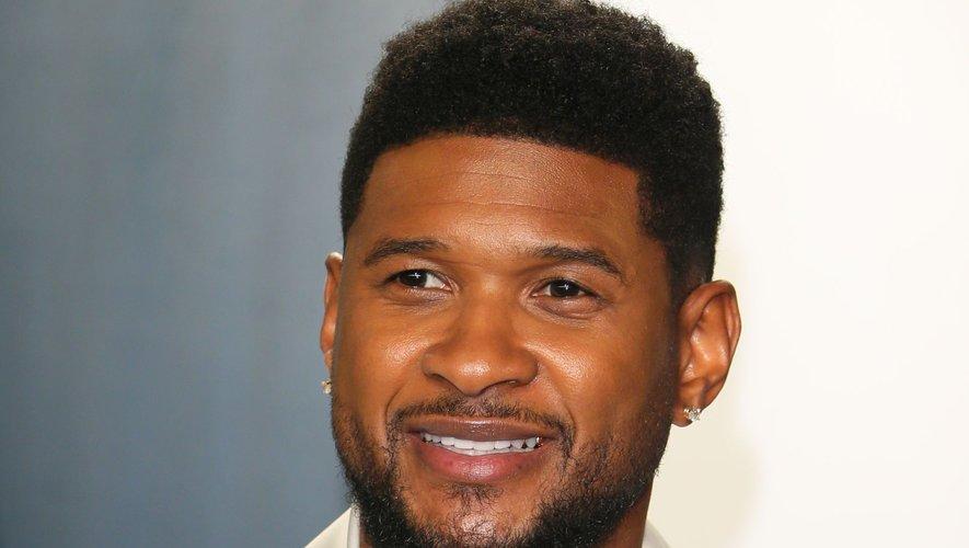 """Usher s'offre un petit retour dans le passé en convoquant Lil Jon et Ludacris, avec qui il avait signé le morceaux """"Yeah"""", sur le nouveau single """"Sexbeat""""."""