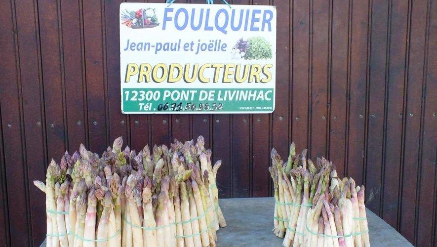 Faute de vente sur les marchés, la ferme Foulquier, vous propose des bottes d'asperges, en vente directe, sur commande (06 71 50 98 32).