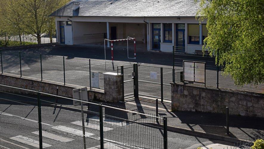 La cour de l'école Gourgan de Rodez verra-t-elle le retour des enfants dès le lundi 11 mai ? Rien n'est moins sûr.