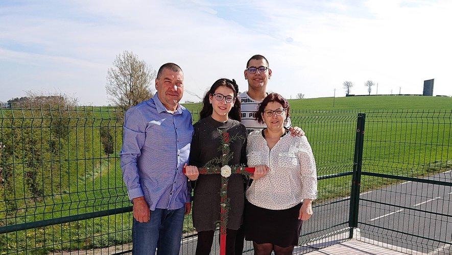 Pâques en famille pour Miguel Tavares Correia, son épouse Lucia et leurs enfants Catarina Alexandra et Tiago Miguel.